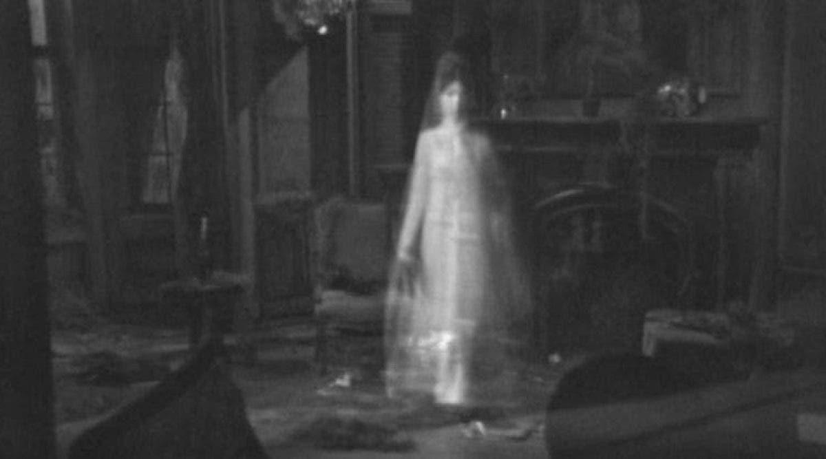 11 choses qui attirent les fantômes chez vous à la maison