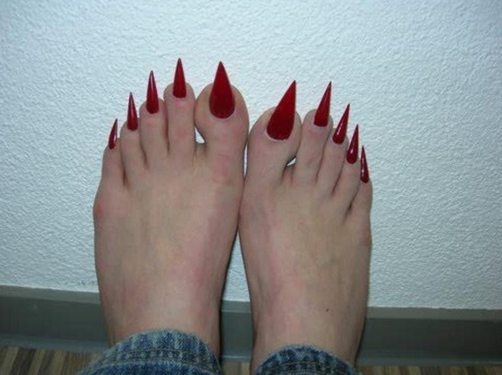 12 pires pieds au monde 10