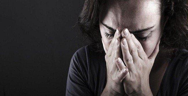 14 symptômes de la fibromyalgie que toute femme devrait connaître