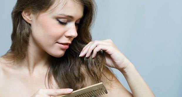 7 recettes pour acc l rer la pousse des cheveux. Black Bedroom Furniture Sets. Home Design Ideas