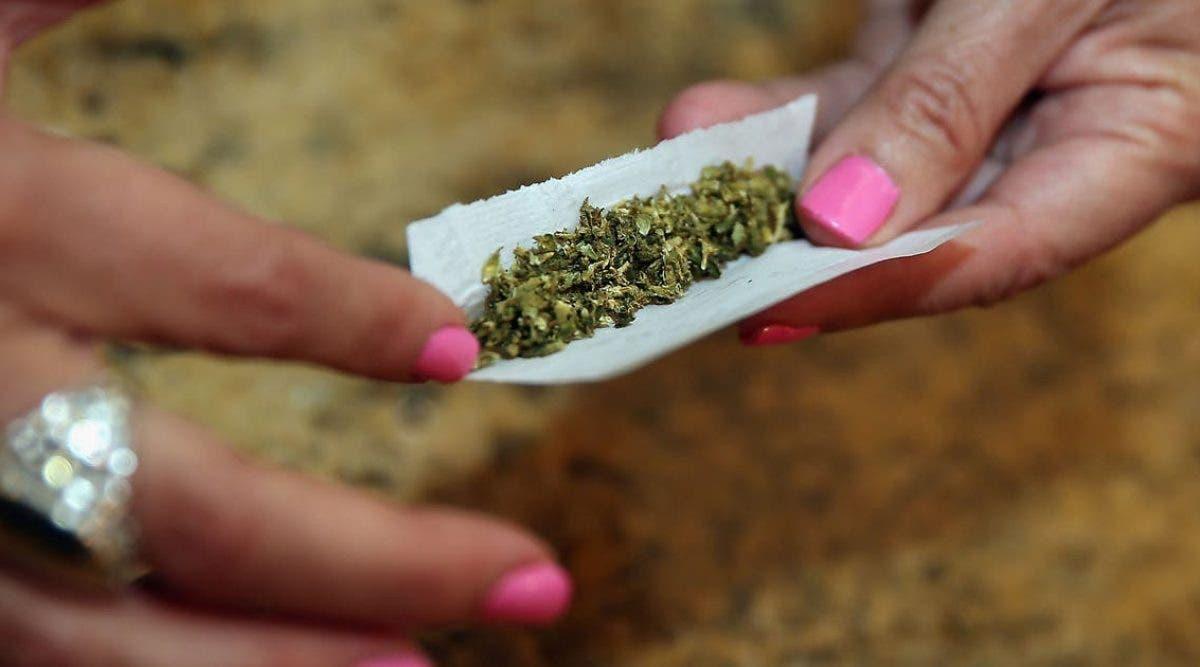 3-personnes-sont-mortes-apres-avoir-fume-du-cannabis-contenant-du-poison
