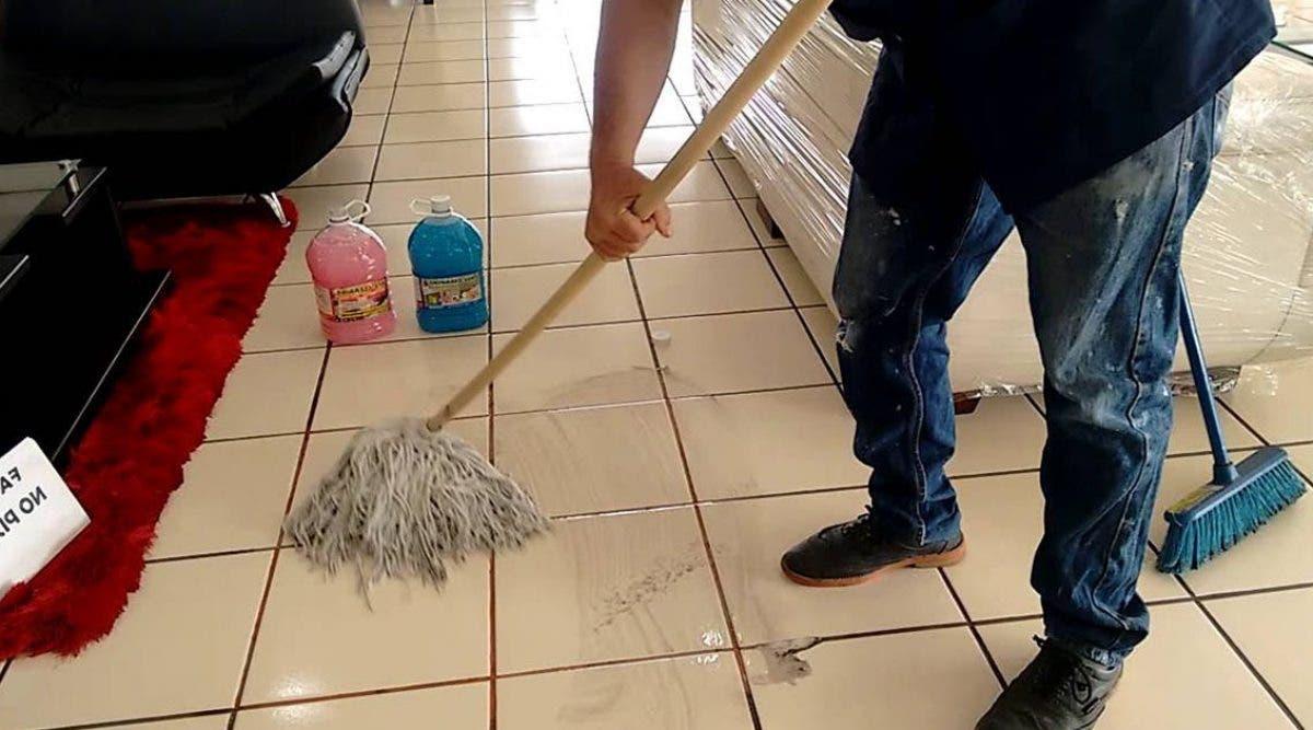 4-astuces-naturelles-pour-faire-briller-le-carrelage-en-ceramique