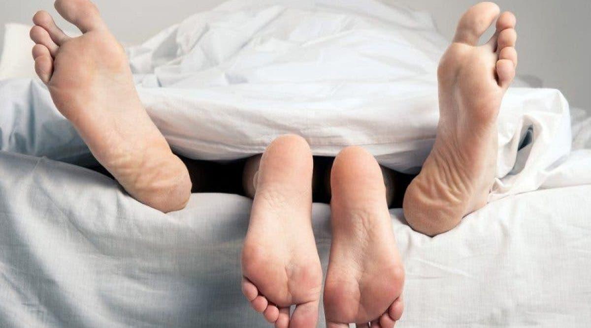 4 choses fausses que toutes les femmes croient au sujet du sexe