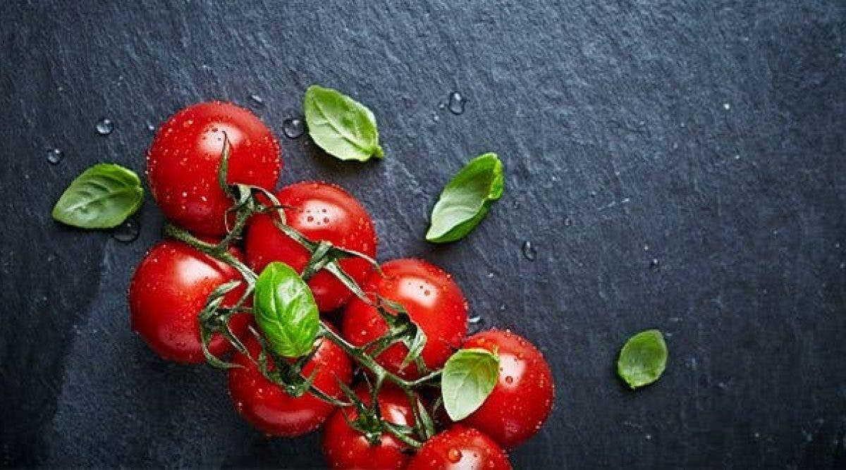 4-manieres-de-se-soigner-avec-de-la-tomate