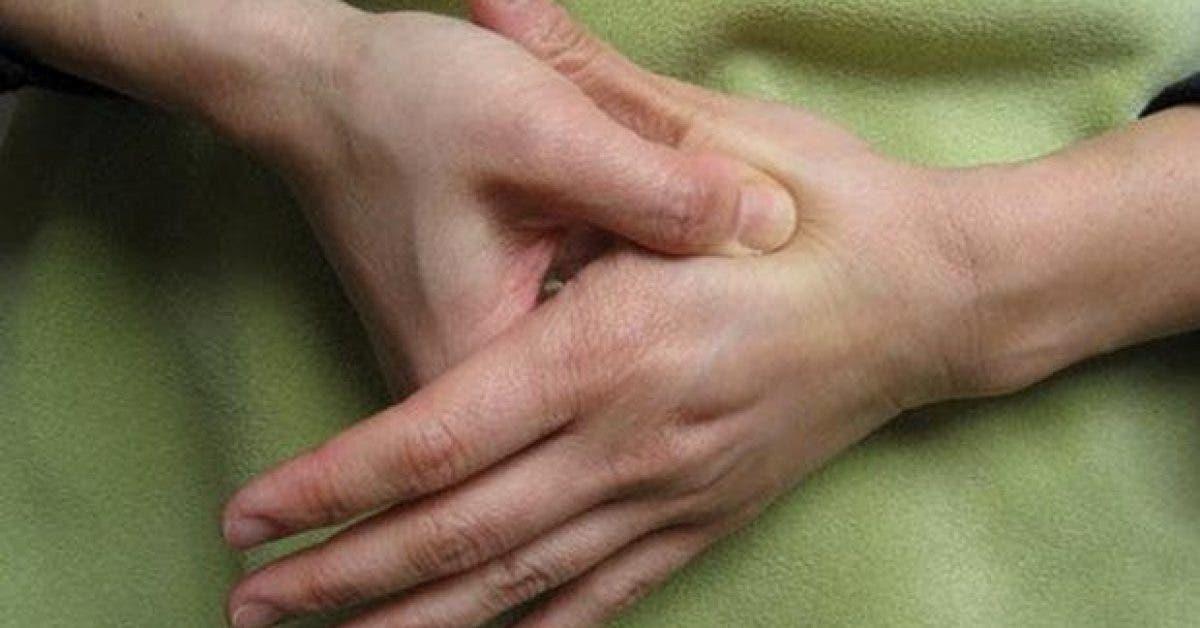 4 massages des doigts destressants11