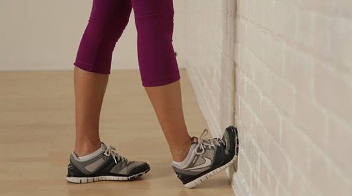 4 mouvements magiques qui soulagent la douleur aux genoux