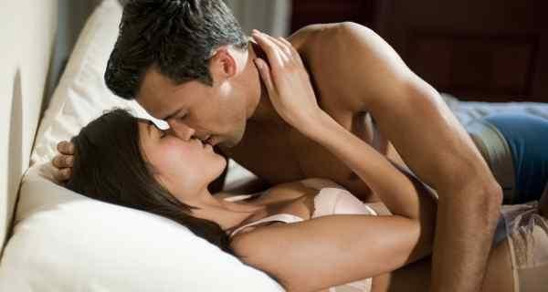 Positions sexuelles orales pour les hommes