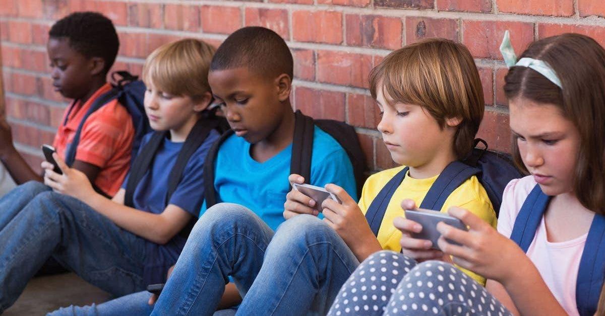 6-raisons-pour-lesquelles-les-adolescents-nont-pas-besoin-daller-sur-les-reseaux-sociaux