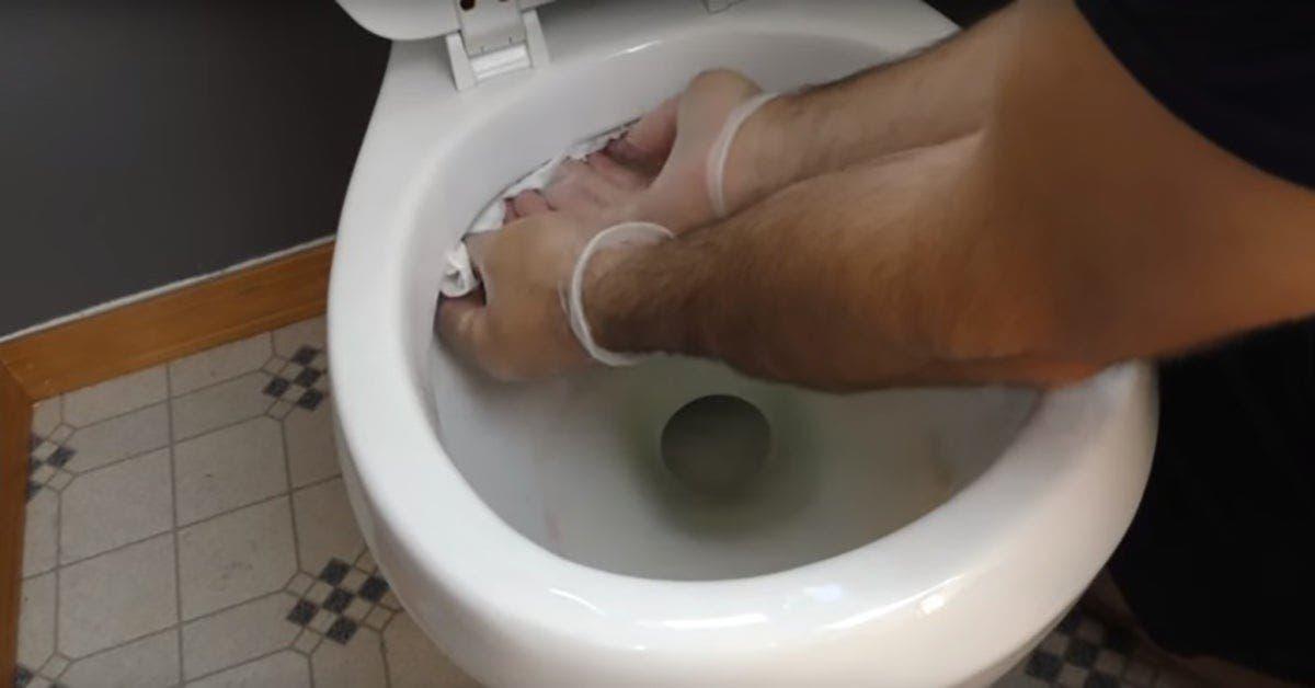 7 astuces brillantes que vous utiliserez chaque fois que vous nettoierez la salle de bain 1 1