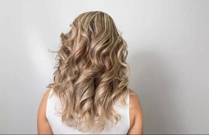 Coiffez vos cheveux