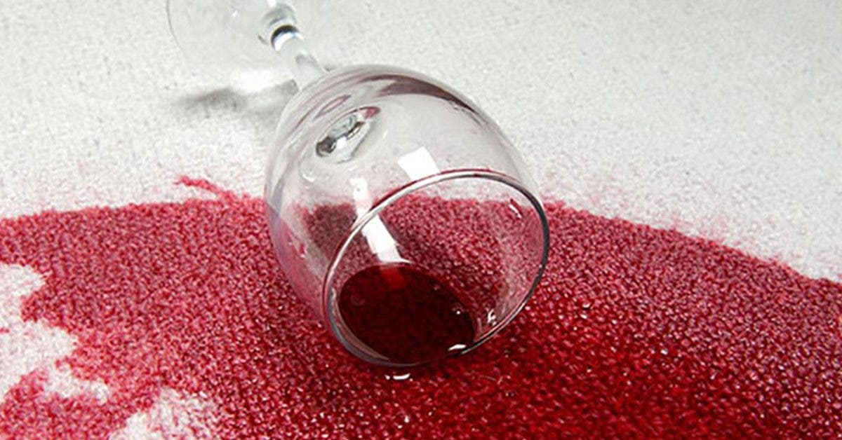 7-astuces-efficaces-pour-eliminer-les-taches-de-vin-rouge