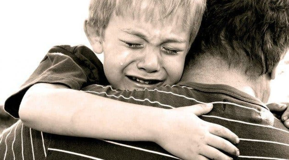 7 choses qui arrivent à un enfant dont l'un des parents est infidèle