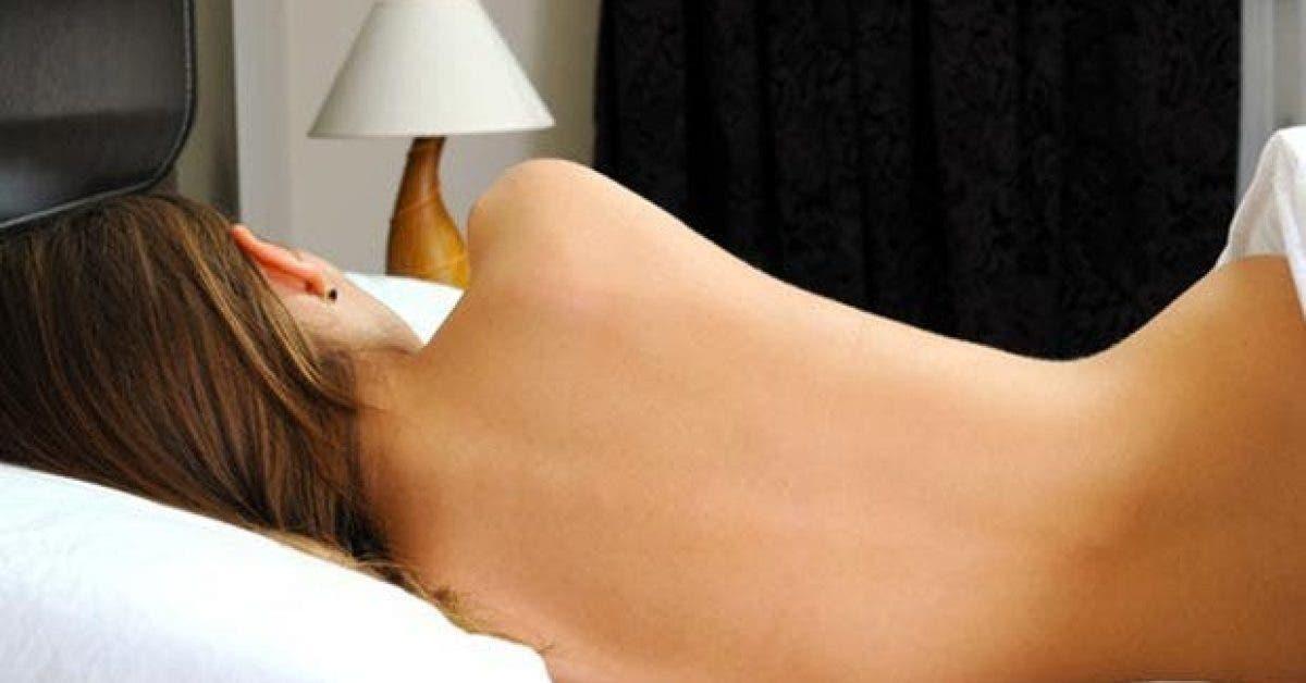 7 etonnantes raisons pour dormir nu11
