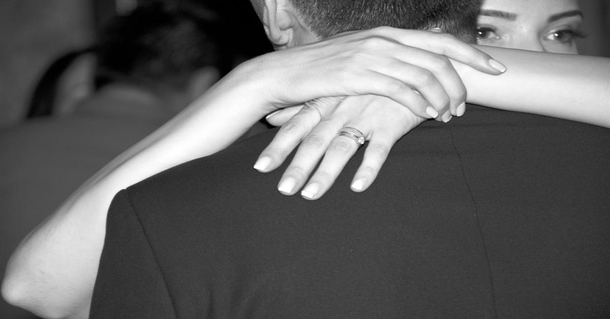 signes qui prouvent que votre partenaire n'est pas amoureux et qu'il est avec vous par défaut