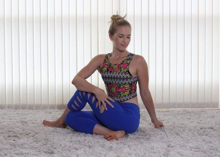 étirements pour soulager la douleur du bas du dos et des hanches