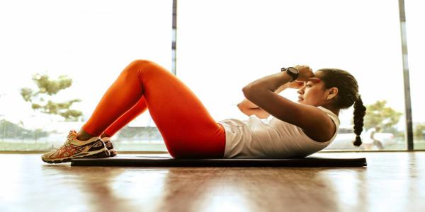 8-exercices-simples-et-efficaces-pour-avoir-un-ventre-plat-en-30-jours