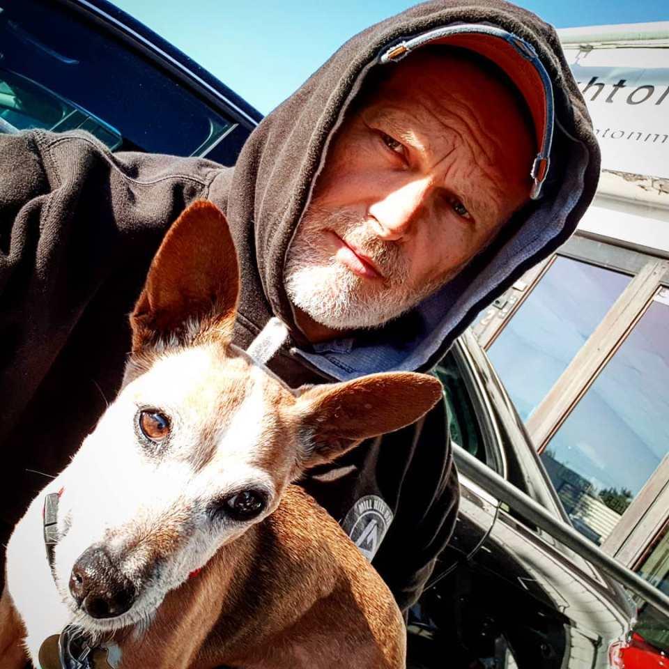Alan Whitton chien