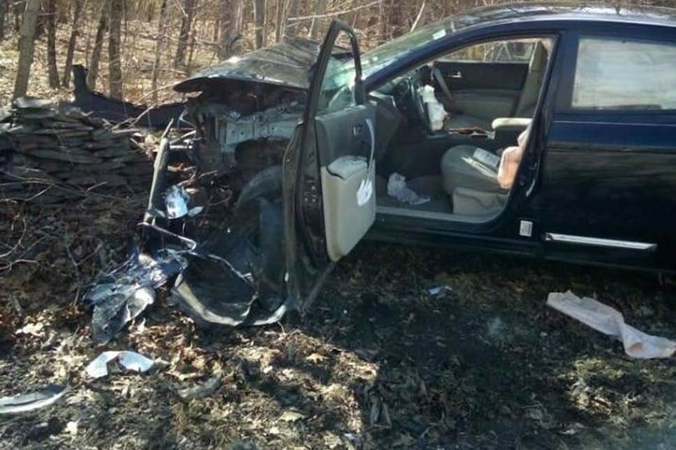 une femme perd le contrôle de sa voiture