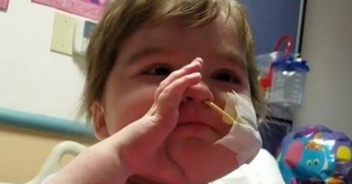 Apres deux greffes de moelle osseuse cette petite fille continue de chanter et de sourire 1