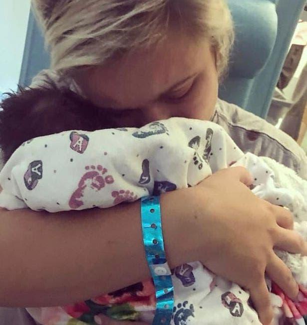 Arrêtez d'embrasser des bébés qui ne sont pas les vôtres