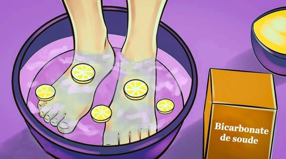 Ce bain de pieds au citron élimine toutes les toxines de votre corps