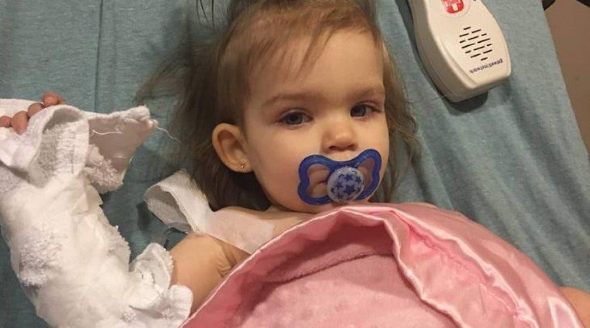 Ce bébé atteint de cancer est victime de propos haineux à cause de ses parents