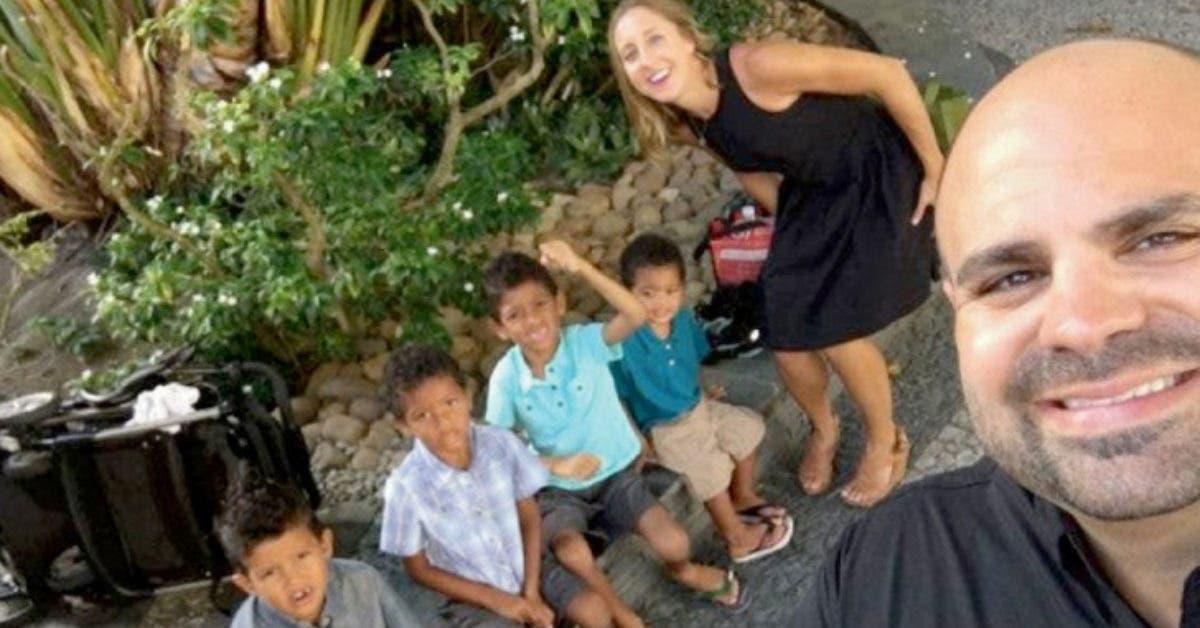 Ce couple adopte quatre frères pour qu'ils ne soient pas séparés