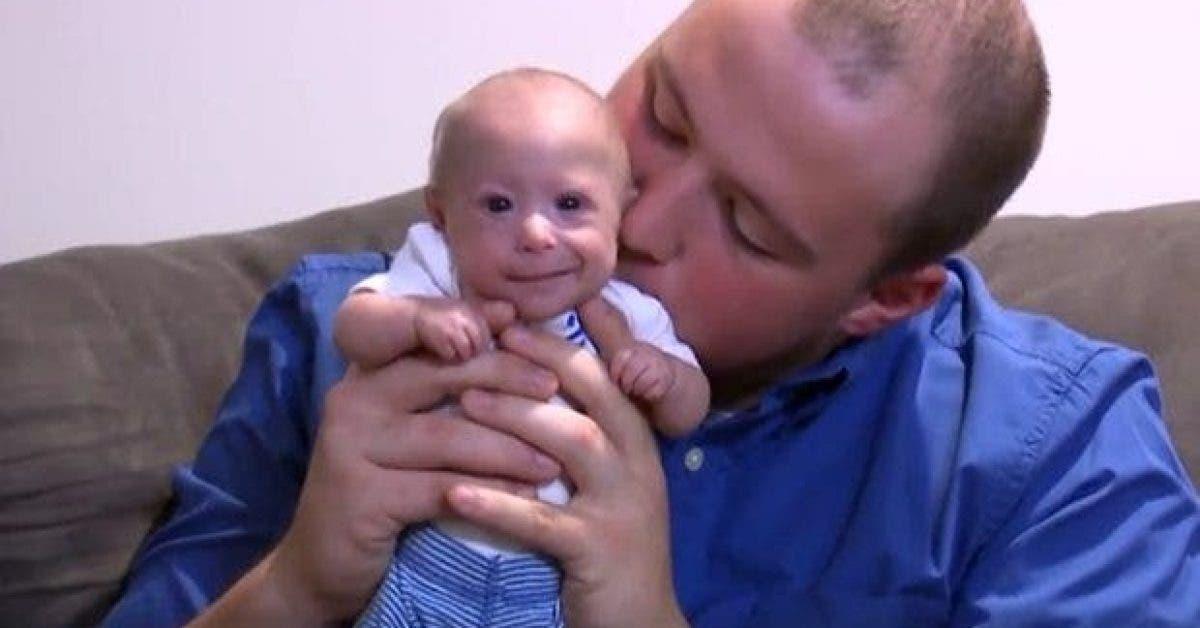 Ce garçon a actuellement 7 mois. Voici pourquoi il est si petit !