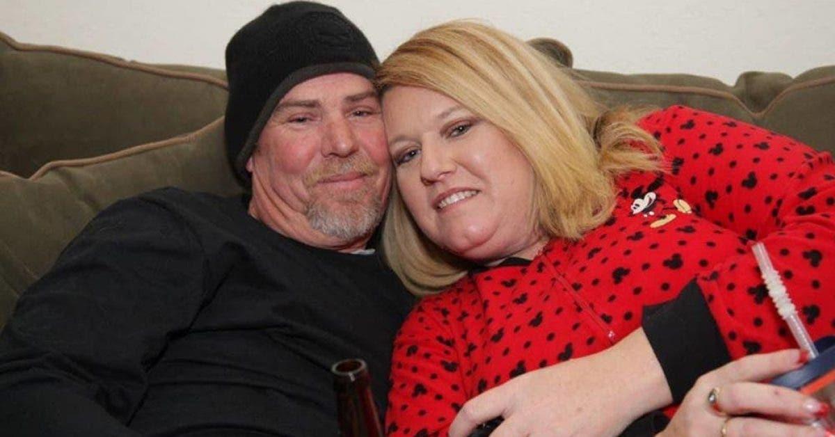 Ce mari se penche sur sa femme dans le coma, puis l'entend chuchoter ces 4 mots choquants