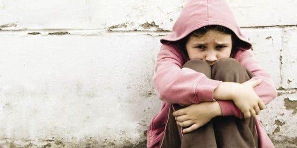 Ce simple geste traumatise un enfant pour très longtemps