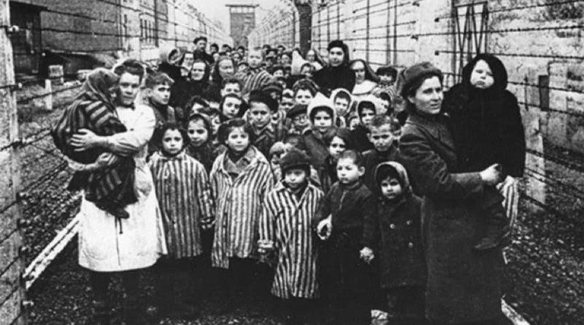 Cette femme droguait des enfants et les mettait dans des cercueils. 60 ans plus tard, elle a été nominée pour le prix Nobel de la paix