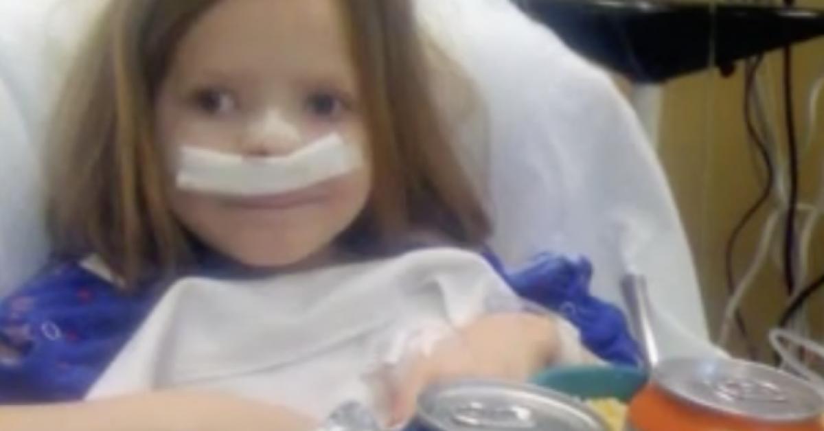 Cette fille de 12 ans pense souffrir de douleurs de croissance normales