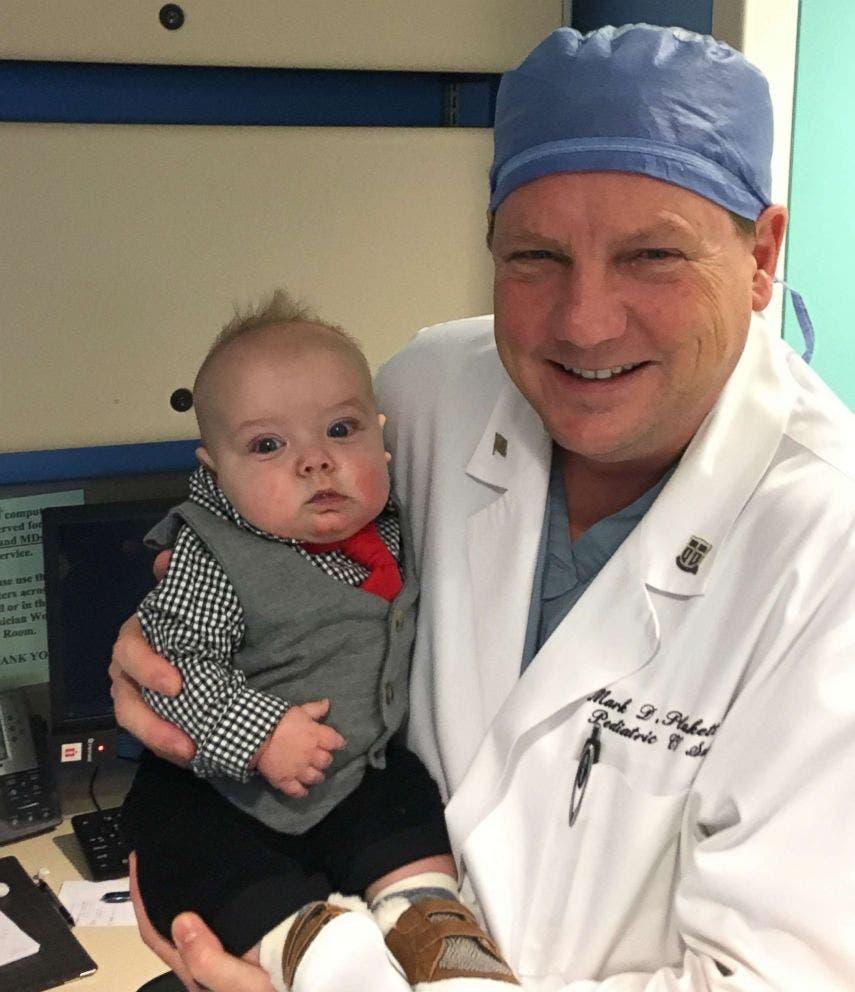 Cette infirmière adopte un bébé dont elle s'est occupée en soins intensifs