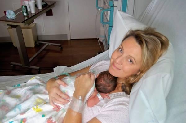 Cette maman tombe enceinte après 10 ans de tentatives
