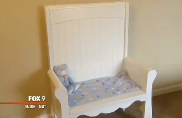 Cette maman vend le lit de son bébé mort-né