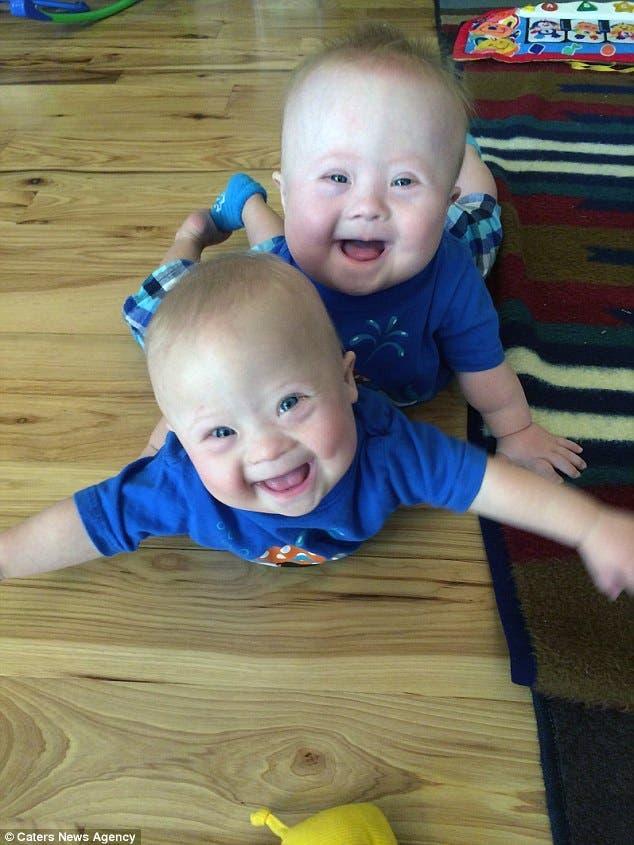 Cette maman veut faire adopter ses jumeaux trisomiques