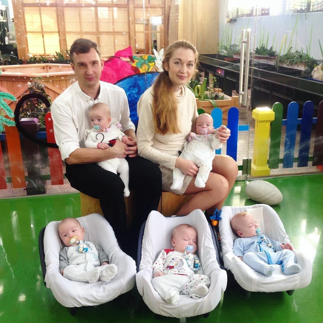 Cette mère donne naissance à 5 enfants puis son mari la quitte