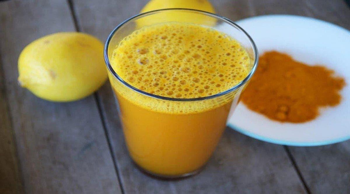 Citron et curcuma : voici pourquoi c'est la boisson préférée des médecins pour être en bonne santé