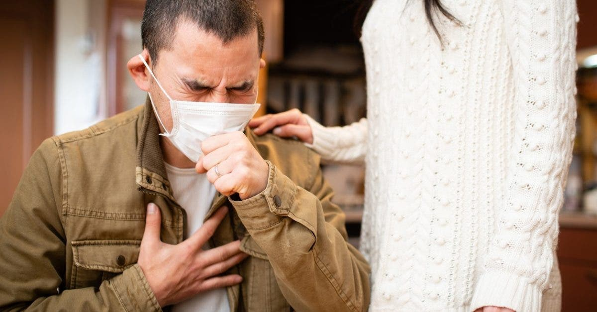 Comment vivre avec une personne infectée par le coronavirus et éviter la contagion