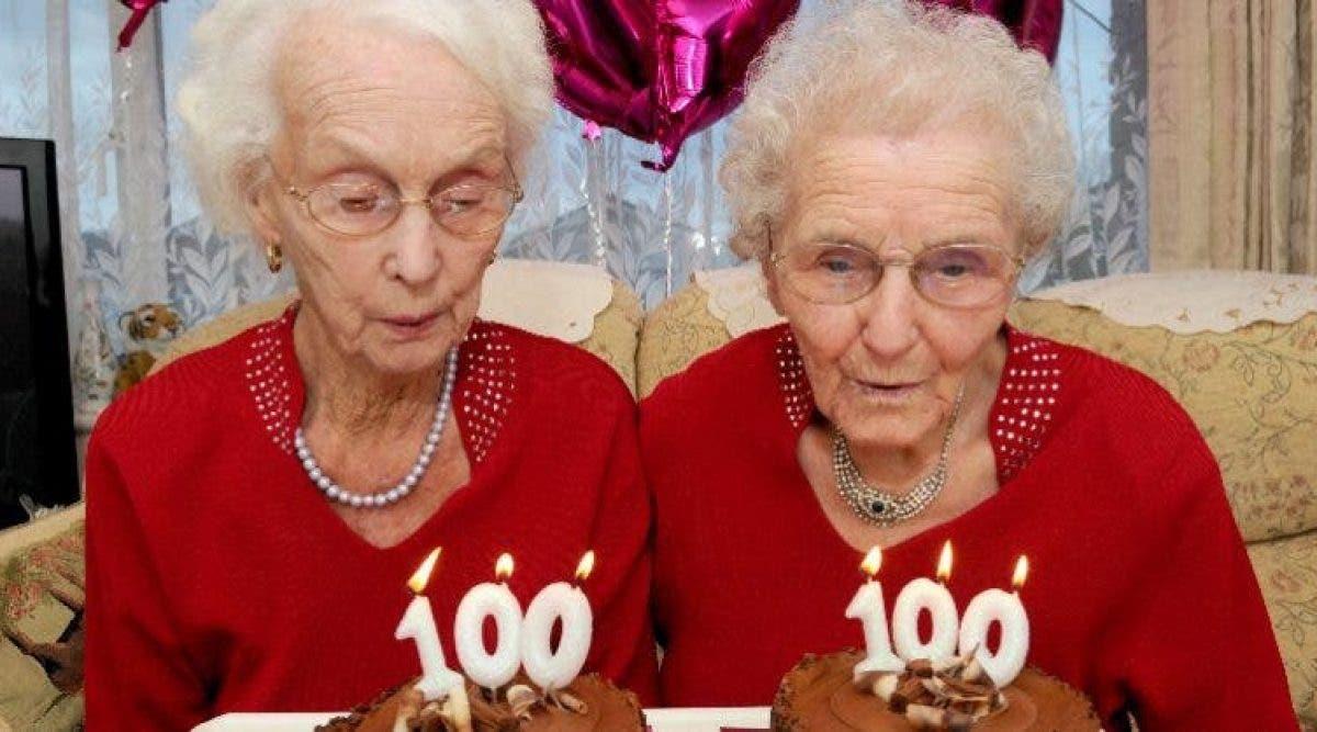 Des sœurs jumelles révèlent le secret d'une longue vie à leur 100e anniversaire