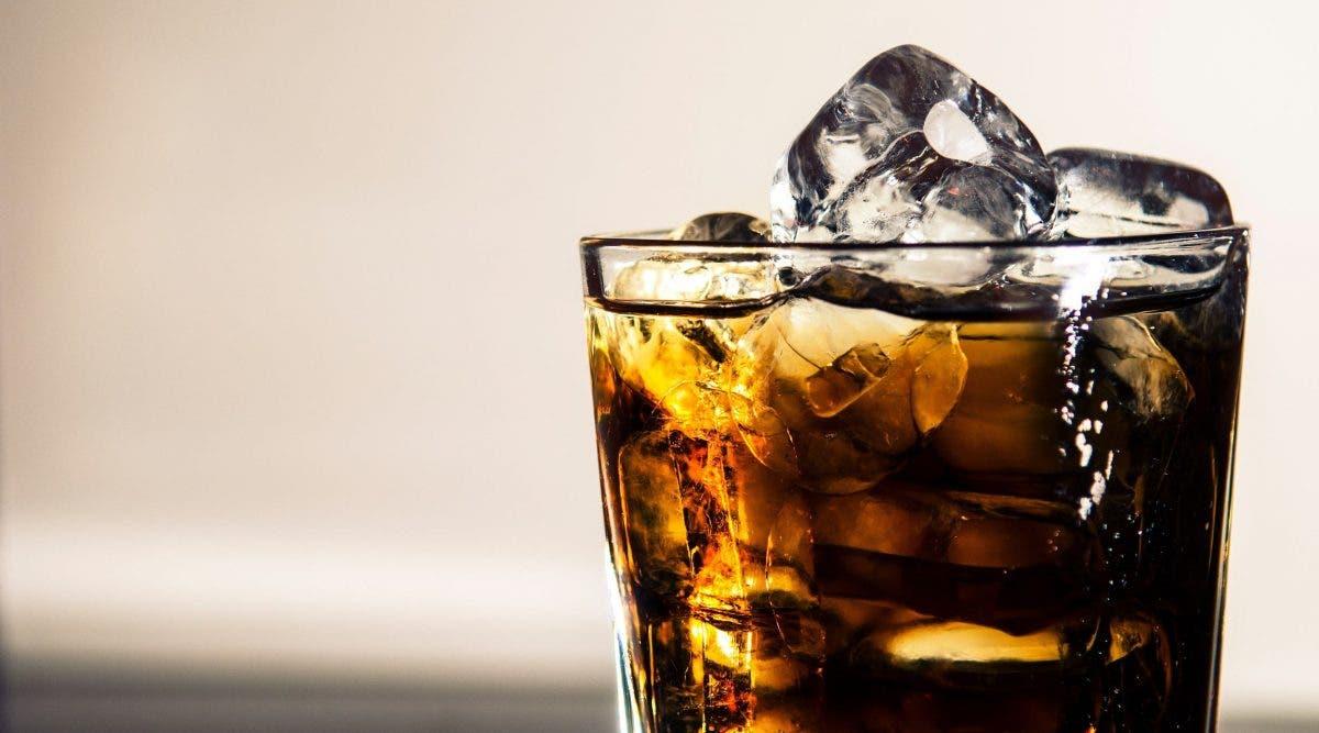 Deux verres de boisson gazeuse par jour peuvent augmenter le risque de décès de 17%
