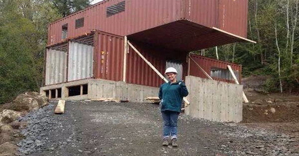 Elle a acheté des conteneurs maritimes et les a transformé en une vraie maison de rêve !