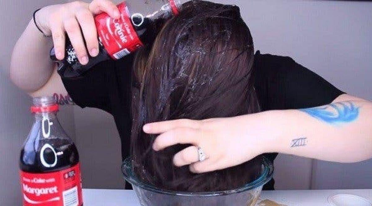 se laver les cheveux au coca