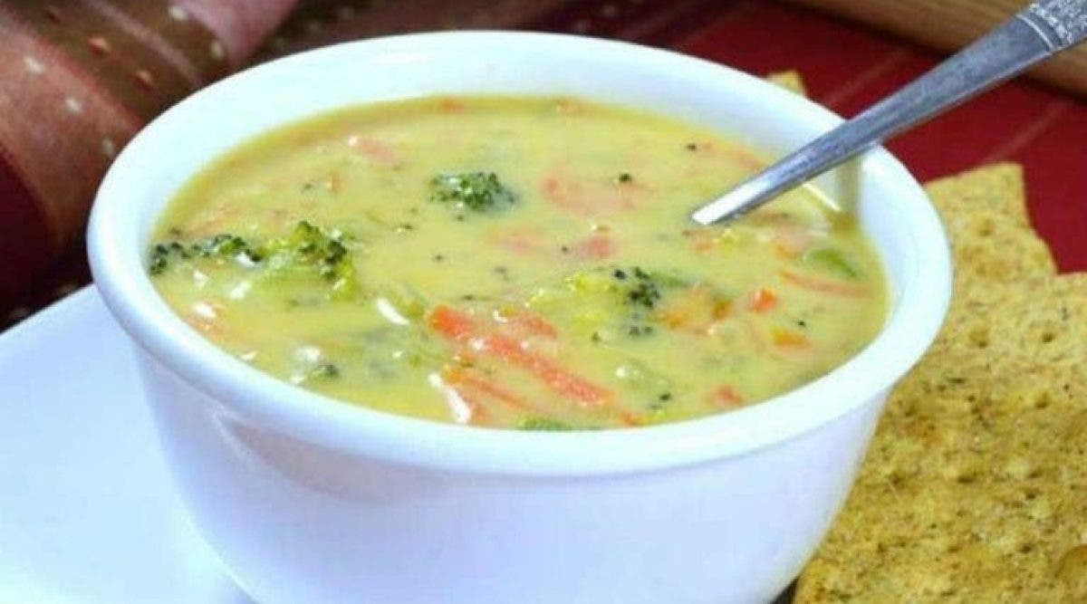 La cure détox de 3 jours à base de soupe : mangez autant de soupe que vous pouvez pour combattre les inflammations, la graisse abdominale et les maladies.
