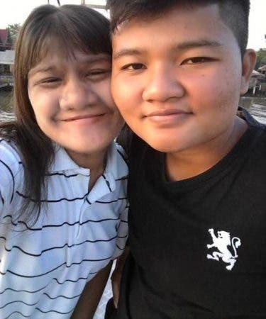 La fille la plus poilue du monde décide de se rase le visage