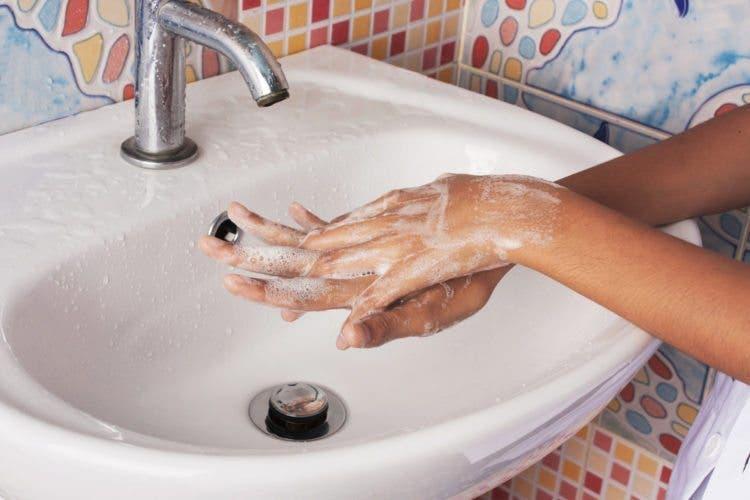 La maladie pieds-mains-bouche est de retour et tous les parents