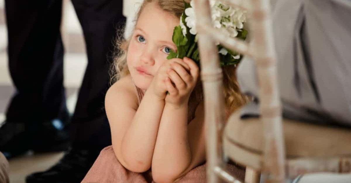 La mariée veut exclure la fille de son fiancé
