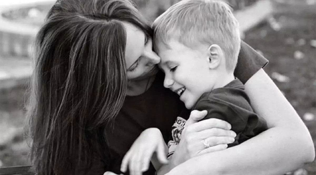 La relation mère-fils est extraordinaire