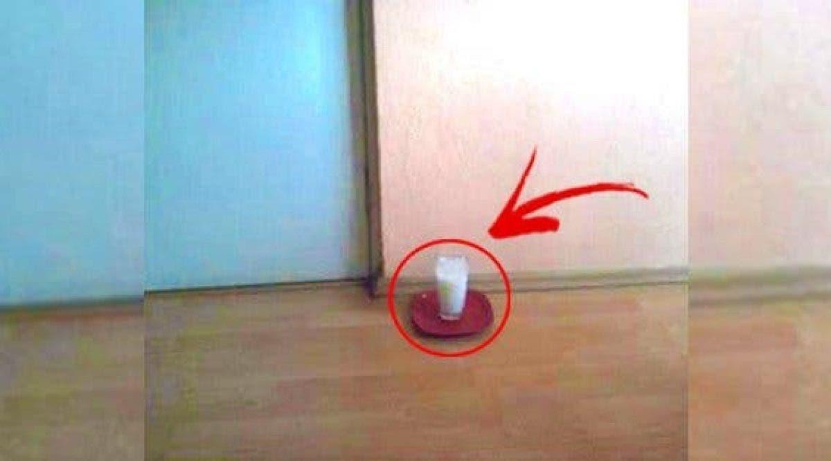 Laissez un verre d'eau avec du sel et du vinaigre dans votre maison et voyez les changements en 24 heures