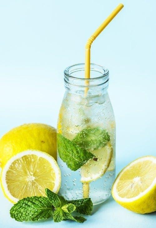 Le citron congelé est un médicament naturel génial que les gens ne connaissent pas